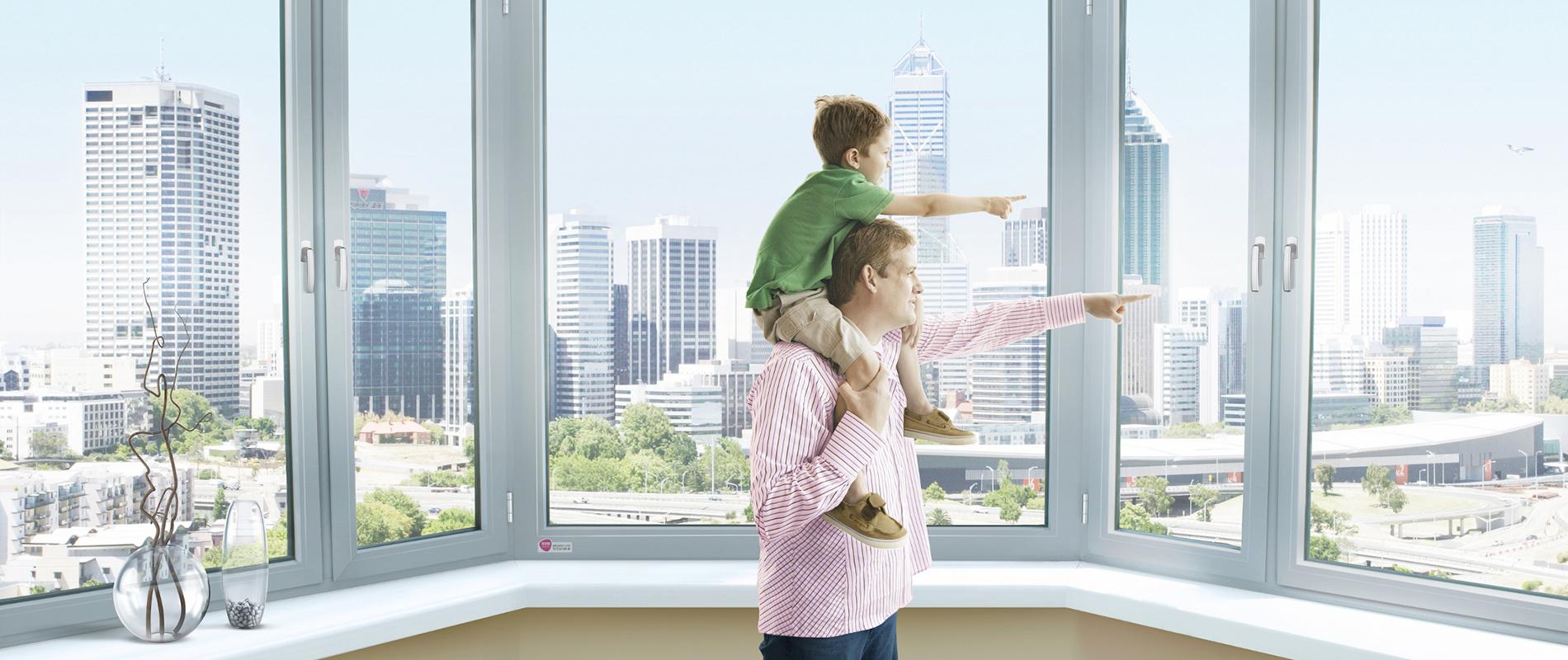 Входит ли балкон в жилую, общую, отапливаемую площадь кварти.